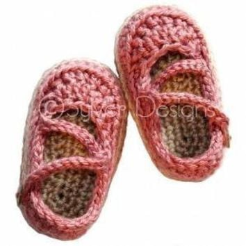 Baby Crossover Strap Mary Janes crochet pattern by sylver on Etsy