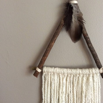 Dreamcatcher | wall hanging | bohemian decor | nursery decor | hippie decor | natural