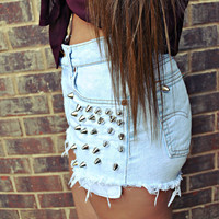 WILDHEARTS Vintage Levi's Spike STUDDED High Waisted Denim Shorts Cut Offs Size M