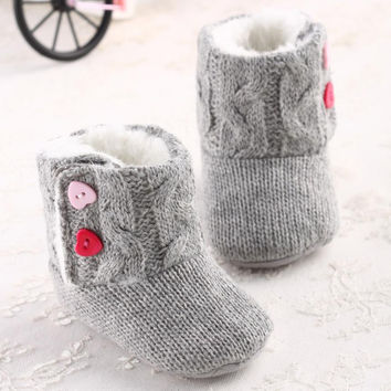 Baby Girls Shoes Sweet Heart Pattern Buttons Soft Sole Crib Warm Flats Cotton Boot Toddler Prewalke Shoes #2415