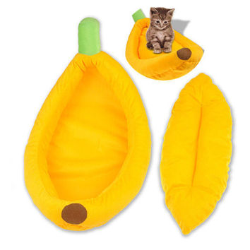 Stylish Cute Pet Dog Cat Mat Banana Shape Bed House Kennel Doggy Warm Cushion S