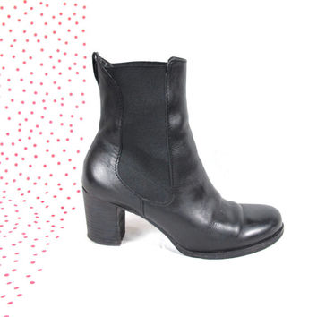 90s Black Leather Chelsea Boots Stretch Ankle Boots Stacked Chunky Heel Round Toe Booties Winter Pull On Boots (8)