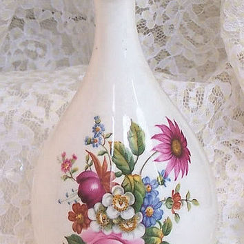 Coalport China Ludlow Vase Spring Garden Pink Blue Flower Bud Bouquet Vintage England English Designer Porcelain Home Decor Bone China C561
