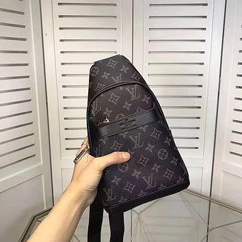 LV Louis Vuitton MEN'S TOP MONOGRAM LEATHER CROSS BODY BAG