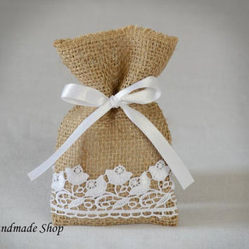 Burlap Wedding Favor Bags, Burlap Gift Bags, Rustic Wedding Favors, SET OF 25