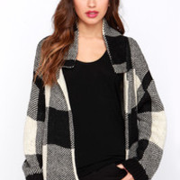 New Classic Black and Beige Knit Cardigan Sweater
