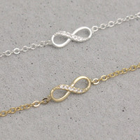 Infinity Bracelet In Gold/ Silver on Luulla
