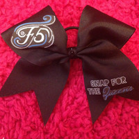 F5 Snap For the Queens Cheer Bow