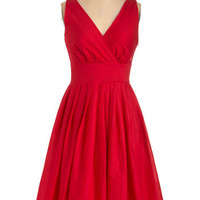 Glamour Power to You Dress in Crimson | Mod Retro Vintage Dresses | ModCloth.com
