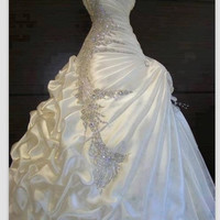 Exquisite A-line ball gown Sweetheart ruffles Beading Wedding Dress = 1932478148