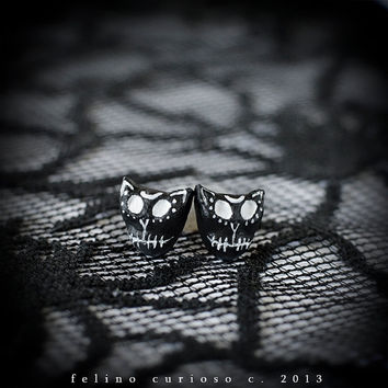 Day of Dead Cat Earrings -  hand painted cat, hand crafted cat, Halloween accessories, kitten skull, kitty skull, scary cat