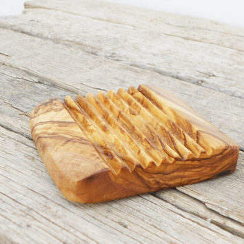 FREE SHIPPING, Wooden Soap Dish / Olive Wood Soap Holder / Rustic Wedding Gift