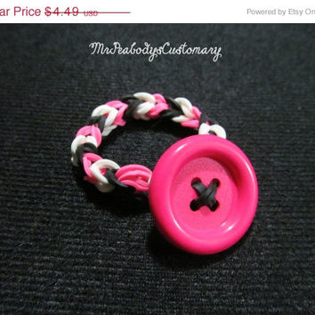 ON SALE Pink Button Bracelet Rainbow Loom - stretchy bracelet button bracelets button bracelet jewelry rainbow loom charm loom bracelet char