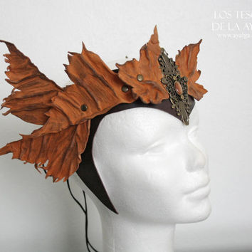 woodland leather crown