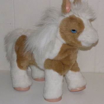 FurReal Friends Baby Butterscotch Magic Pony Show Interactive Horse