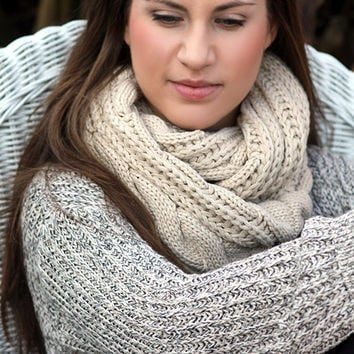 Boho Chunky Scarf- Christmas , Cable Knit Scarf, Ivory scarf, Infinity Scarf, Thick scarf, Ring scarf,