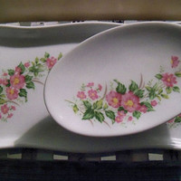 Maruei in Nagoya~  Vintage Made in Japan small dresser trinket dish/tray plus soap dish. Florals