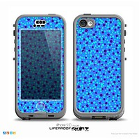 The Small Scattered Polka Dots of Blue Skin for the iPhone 5c nüüd LifeProof Case