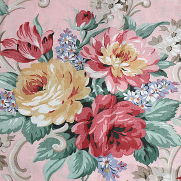 """Over 4 Yds Floral Cotton Fabric Big Roses Material Pink Yellow Green """"Grannie's Roses"""" by Daisy Kingdom , Romantic Fabric Shabby Chic Style"""