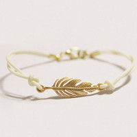 Gold Leaf Bracelet, Gold Feather Bracelet / handmade bracelet /  3 Colors Available