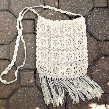 Macrame Bag, 1970s Hand Crochet Purse, Macrame with Fringe Bag, Hippie Bag, Macrame Shoulder Bag, Beige Woven Bag, Natural Fiber Rope Bag