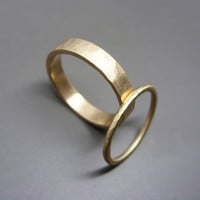 Hammered Matching Wedding Band Set in 14k Yellow or Rose Gold