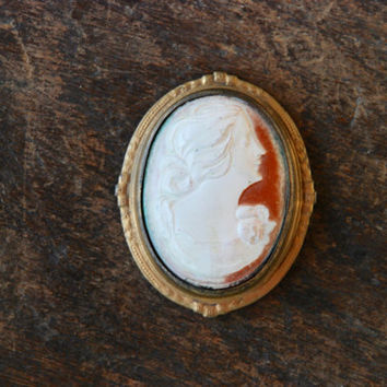 Antique Celluloid Cameo Brooch Art Deco Early Plastics Gilt Frame Depression Jewelry 1930's // Vintage Costume Jewelry