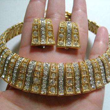 Beautiful Gold/Silver Tone Trim Lines Blinding Rhinestones Cleopatra Collar Necklace and Clip Earrings Set Unsigned Vintage Beauties 237.2 G