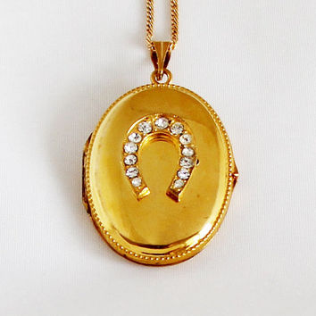 1940s Art Nouveau German Oval Locket Vintage Horseshoe Medallion Portrait Photo