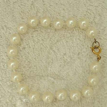 Faux Pearl Bracelet 8 inches long Wedding Jewelry