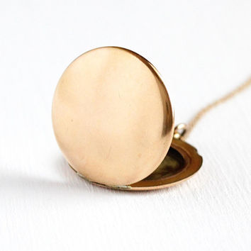 Antique Blank Locket - 1900s Era Edwardian 14k Gold Filled Round Pendant Necklace - Vintage Original Woman Photograph Unadorned Jewelry