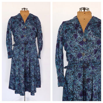 Vintage 1960s Floral Dress Long Sleeve Shirt Dress 60s Retro Day Dress Blue Rose Print Teal Dress Size Medium Full skirt 50's Housewife