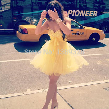 2014 New York Fashion Cute Lovely Sweetheart Crystal Bodice Kylie Jenner Yellow Dress A-line Girls Mini Homecoming Prom Dress