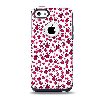 The Red & White Paw Prints Skin for the iPhone 5c OtterBox Commuter Case