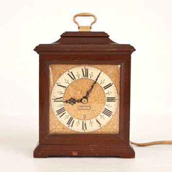 Vintage Seth Thomas Buckingham Electric Clock, Solid Wood Case, Nice Working Condition, Small Mantle Clock E018-000