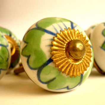 Vintage Ceramic Knobs, Drawer Pulls, Cabinet Knob, Hand Painted Ceramic Knob, set of 8, Dresser Knob, Green White Drawer Pulls Handles