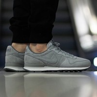 "Internationalist Prm ""Wolf Grey"""