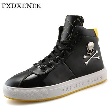 FXDXENEK Fashion New Style Men Casual Shoes High Quality Skull Men Hip Hop Leather Shoes Waterproof Boots Outdoor Brand Flats