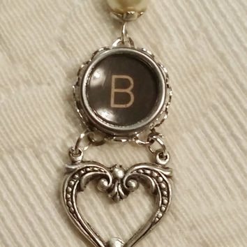 Letter B Typewriter Key Heart Dangle Necklace, Antique Typewriter Key Jewelry, Silver Drop Necklace, Letter B, Initial B Necklace, Steampunk