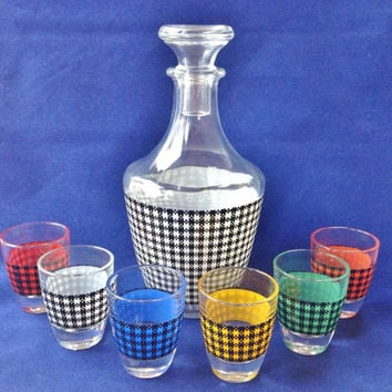Vintage Plaid Print Decanter with 6 shot glasses, Made in France