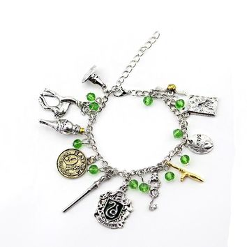 Hot Sell Harry Deathly Hallows Golden Snitch Potter Bracelet for women and men cute ball wings chain bracelets nice gifts B-0840