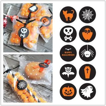 10 Sheet Halloween DIY Hand Made Labels Packaging Point Sticker Cookie Cake Candy Bags Made With Love Sealing Stickers
