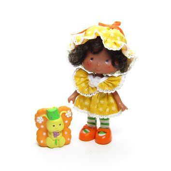 Party Pleaser Orange Blossom Doll Vintage Strawberry Shortcake with Marmalade Butterfly Pet