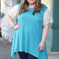 Crochet Sleeve Tunic in Misty Blue {Curvy}