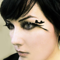Heart of Darkness Decadent Feather Eyelashes w/ by MoonshineBaby