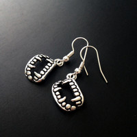 Fang Earrings, Vampire Earrings, Grunge Jewelry, Vampire Teeth, Spooky Jewelry, Grunge Earrings, Soft Grunge Jewelry, Tumblr, Halloween