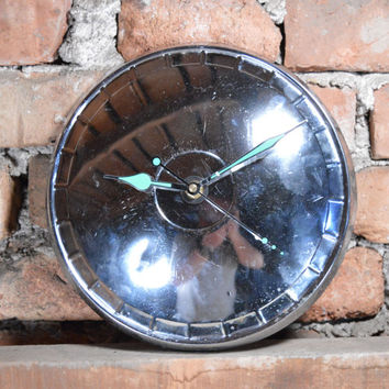 Vintage Hubcap Wall Clock Decor/ Steampunk Hand Clock / Silent Clock Automotive Parts / Russian Car Moskvich Hub Cap / Hubcap Clock Rusty
