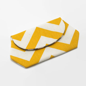 Cell Phone Wallet, iPhone / iPod / Camera Pouch, Snap Clutch Purse in Yellow Chevron