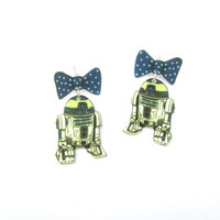 bot earrings, robot, geek earrings, geek fashion, gifts for nerds, nerd accessories