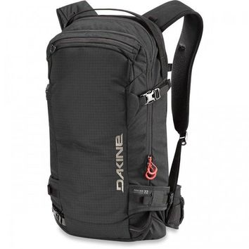 Dakine - Poacher 22L Black Backpack